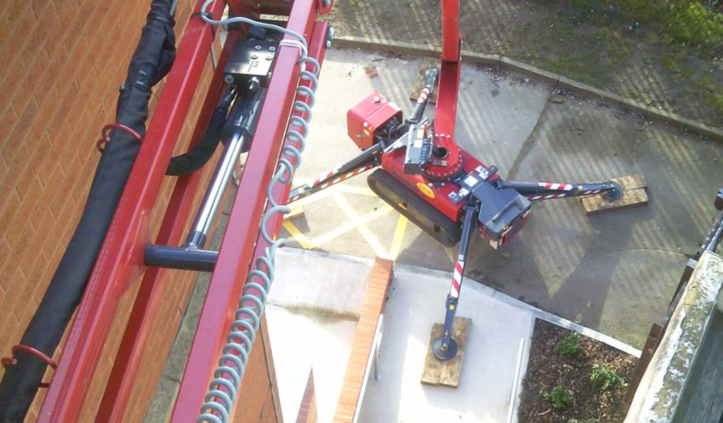 Gutter cleaning machinery